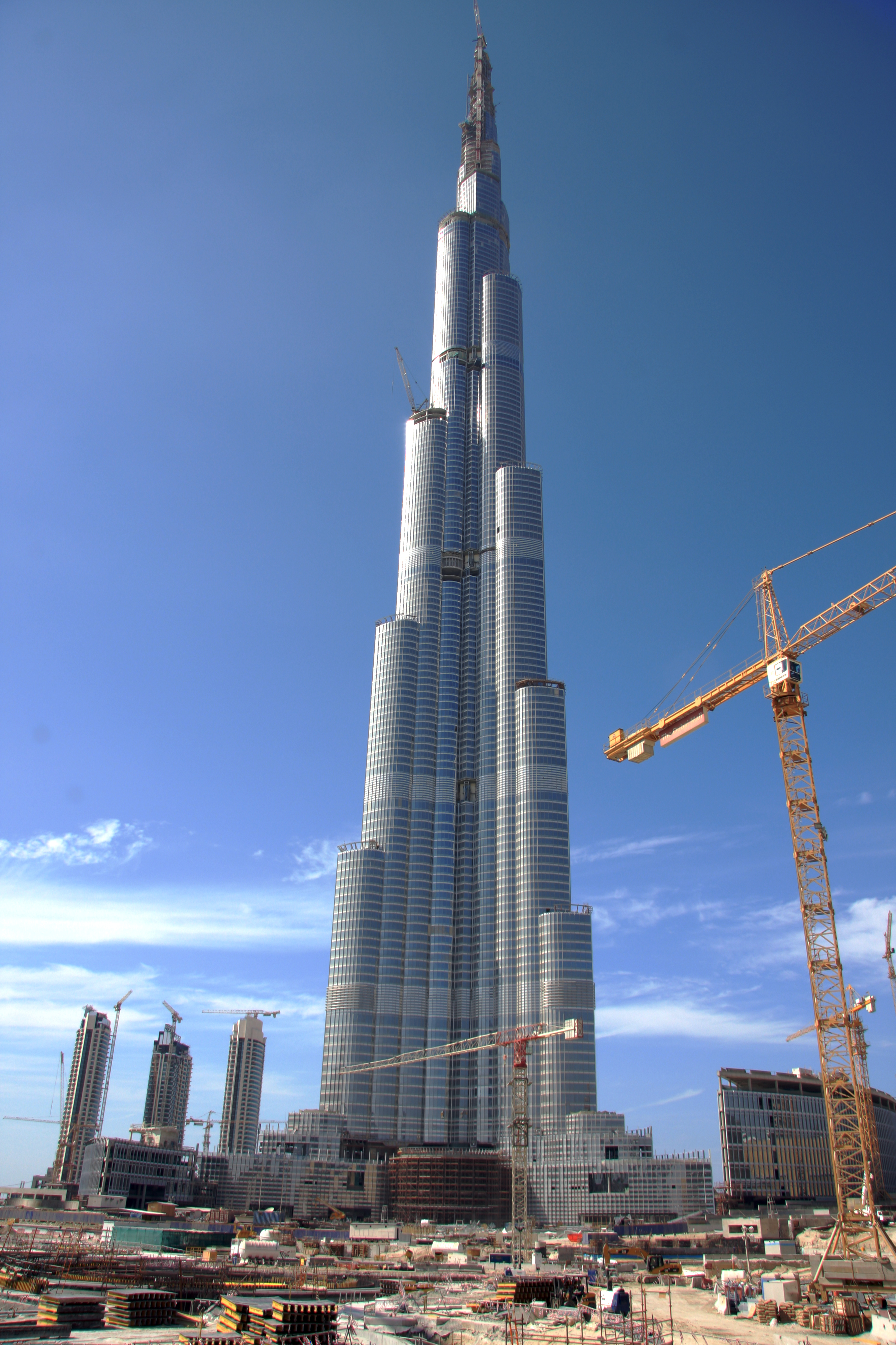 Elements and principles of design adam 39 s blog for The big hotel in dubai