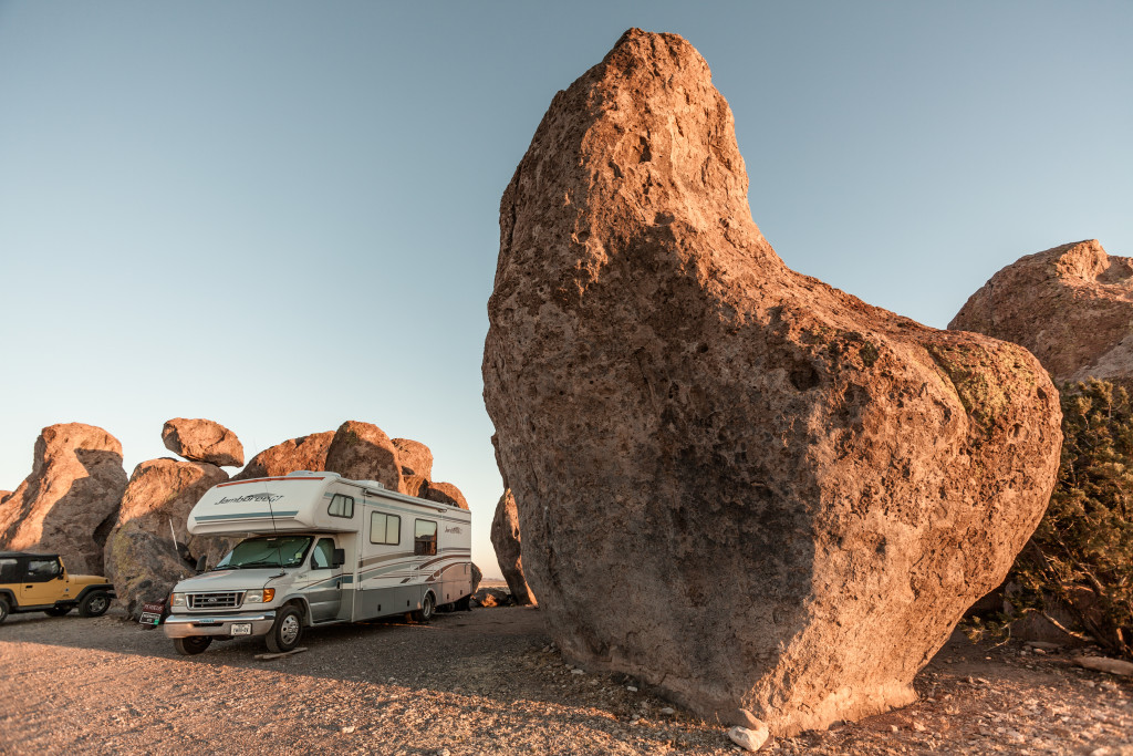 RV Amongst The Rocks