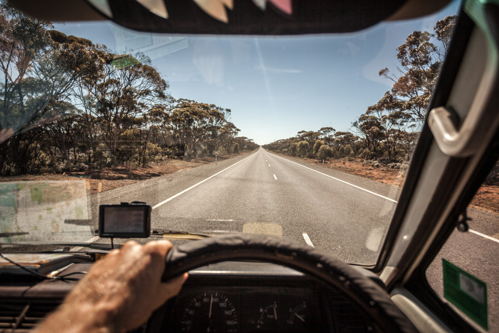Driving a Shitty Old Van Across The Nullarbor