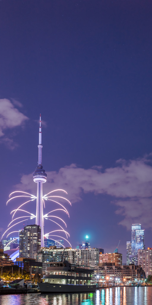 The Toronto 2015 Pan Am Games CN Tower Fireworks 04