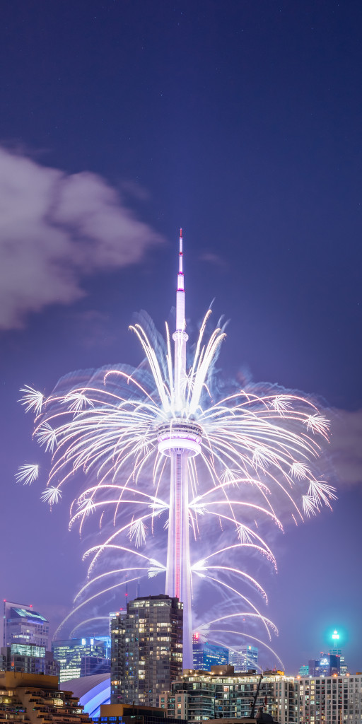 The Toronto 2015 Pan Am Games CN Tower Fireworks 01