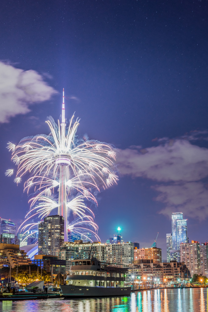 The Toronto 2015 Pan Am Games CN Tower Fireworks 03