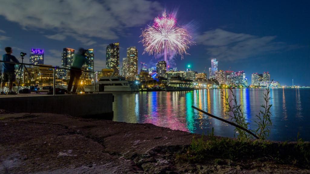 The Toronto 2015 Pan Am Games CN Tower Fireworks 02