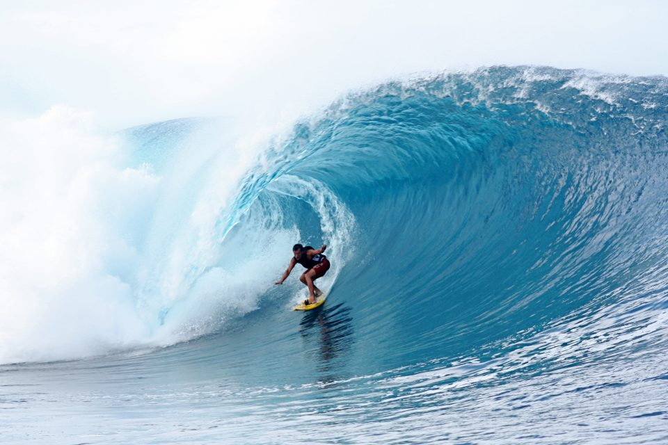 Big Wave Surfing in Tahiti at Teahupoo