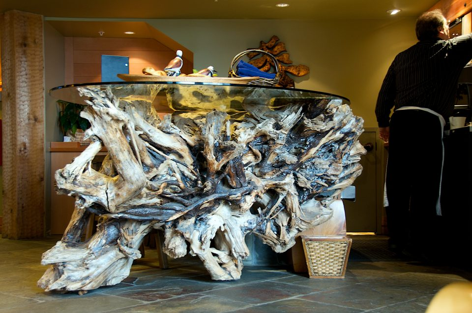 amazing driftwood table