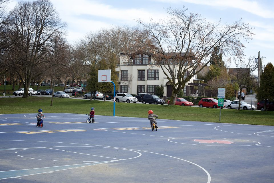 Little Dudes Tearing it Up on the Basketball Court