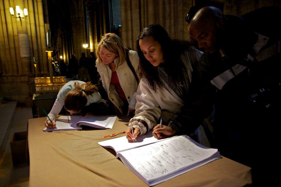 Cathédrale Notre Dame Guestbook