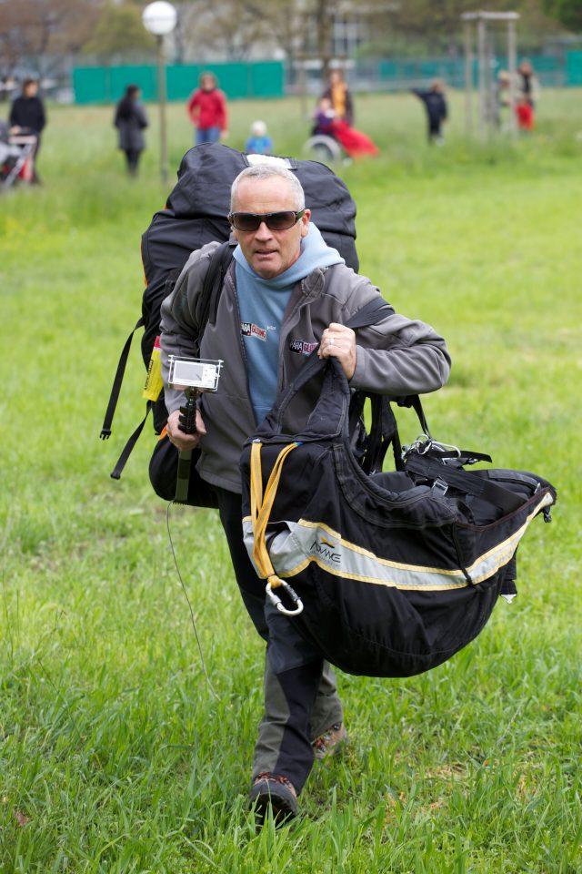 Paraglide Pilot Interlaken