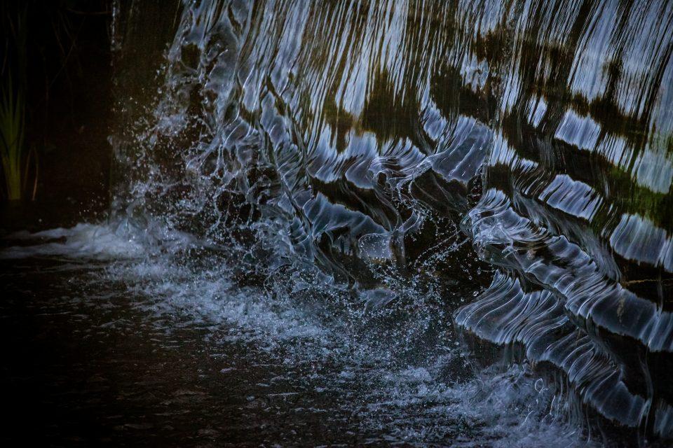 Frozen Waterfall Motion